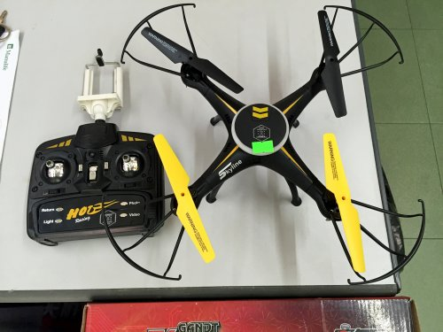 Flycam có Camera HD , tính năng TỰ CÂN BẰNG -...