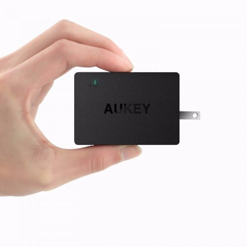 Sạc Nhanh 3 Cổng Quick Charge 2.0 Aukey...