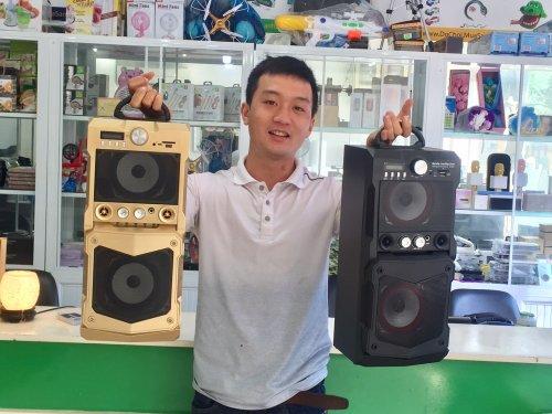 Loa Kéo Xách Tay Di động Bluetooth Speaker
