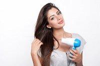 Sấy tóc và tạo kiểu cho tóc thật nhanh và dễ dàng với máy sấy tóc tiện lợi Nova - MSN383155