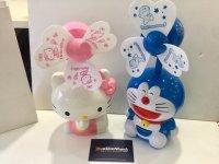 Quạt Sạc 3 cánh Siêu Mát, Hình Doremon và Hello Kitty - MSN388129
