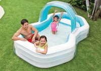 Bể bơi thư giãn có ghế ngồi và vòi phun mưa intex