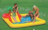 Bể bơi phao cầu trượt cùng vòi phun mưa INTEX